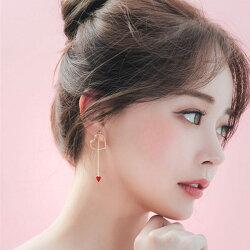 PS Mall 韓版女飾品耳環耳飾可愛甜美愛心形不對稱耳環 百搭耳飾【G003】