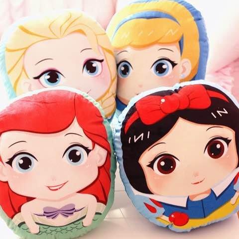 =優生活=迪士尼公主系列 大眼睛Q版 白雪公主 美人魚 灰姑娘 愛莎 小抱枕 毛絨玩具