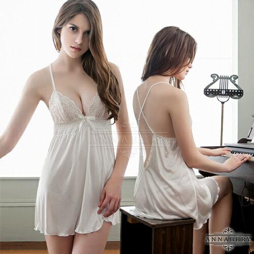 亞娜絲情趣用品白潤交叉肩帶美背柔緞二件式大尺碼睡衣+丁字褲
