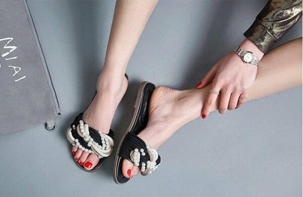 Pyf♥珍珠串繩編織拼色涼拖菱格紋底平底一字拖鞋42大尺碼女鞋