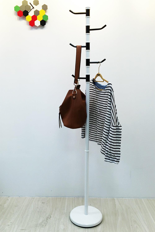 【ikloo】黑白旋轉衣帽架 / 掛衣架 1