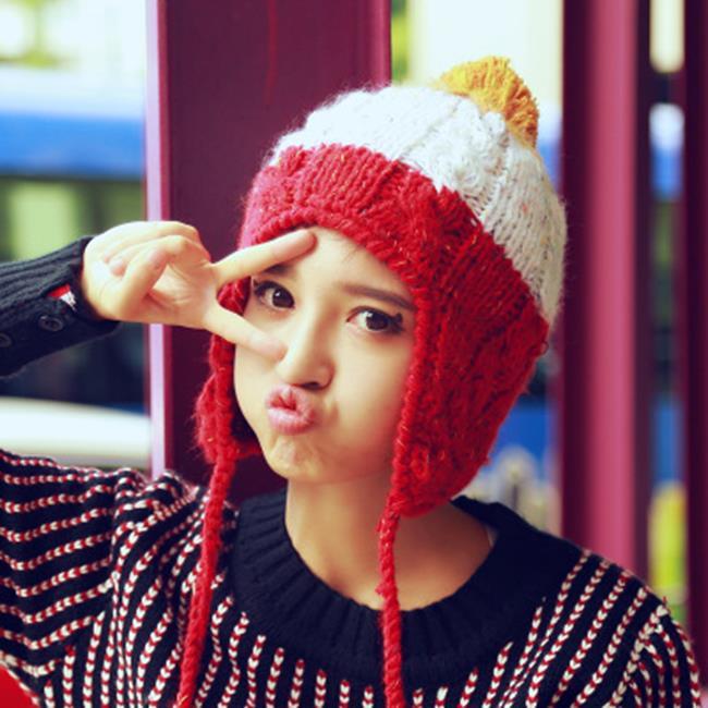 50%OFF【E020614WH】韓國秋冬季新款毛線帽子女毛球護耳加厚保暖針織帽情侶套頭帽冷帽 - 限時優惠好康折扣