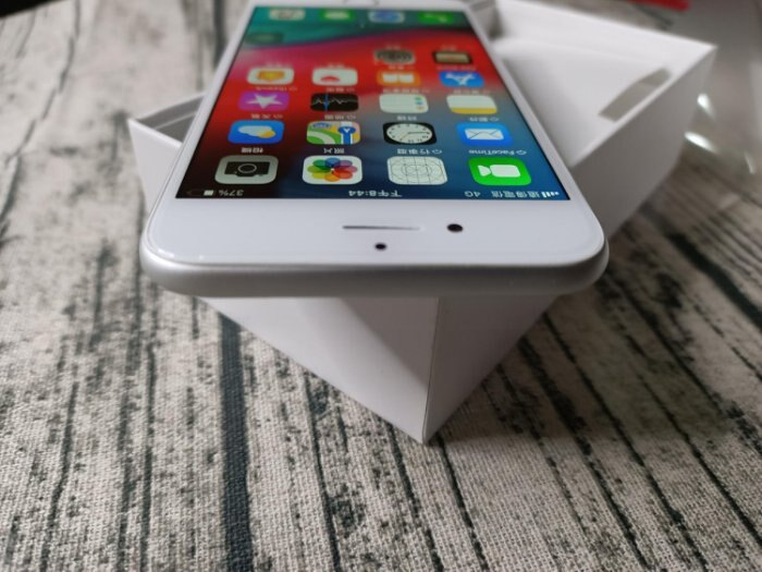 Apple iPhone 6 Plus 銀色 64GB 附全新配件 售後保固一個月 618購物節 6
