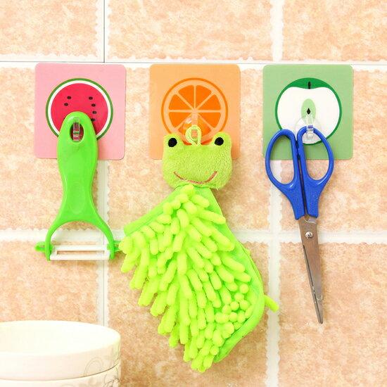 Mycolor:♚MYCOLOR♚卡通水果無痕掛勾廚房浴室防水壁掛黏貼水洗黏鉤牆壁免釘懸掛【Z10-1】