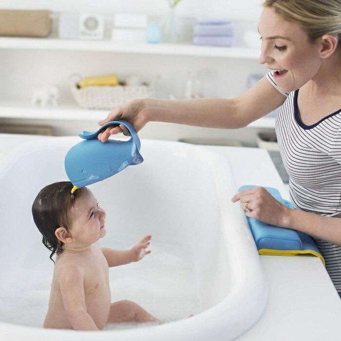 美國【Skip Hop】Moby 鯨魚瀑布淋浴沖洗器 1