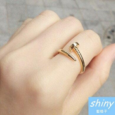 【30A57】shiny藍格子-小巧簡單.時尚潮人個性螺絲釘子戒指
