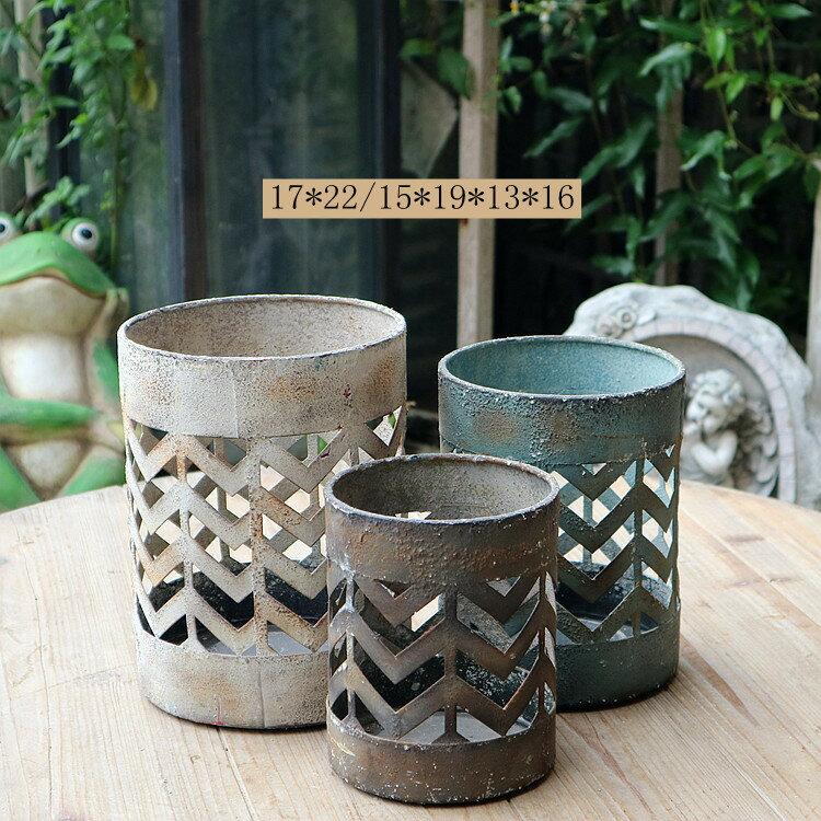 歐式復古鐵藝鏤空燭臺風燈擺件復古做舊家居裝飾3件套1入