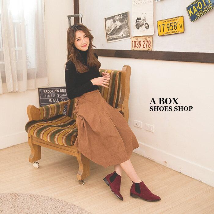 格子舖*【AA3779】MIT台灣製 百搭時尚單品 質感素面絨布 鬆緊帶粗低跟馬丁靴 短靴 短筒靴 3色 1