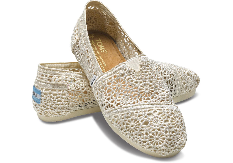 【TOMS】米白色蕾絲鏤空繡花平底休閒鞋  Natural Crochet Women's Classics