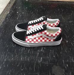 VANS Old Skool Checkerboard Black / Red 棋盤格 黑紅 黑白 黑色 紅色 麂皮 帆布 格子 基本款 滑板鞋