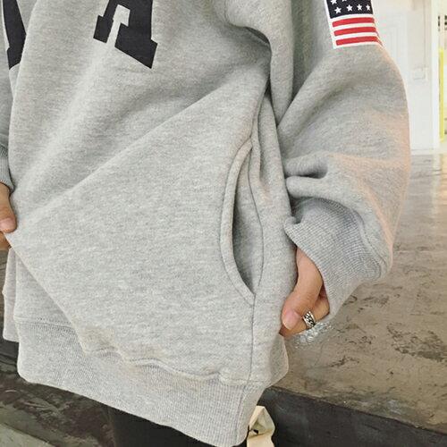 上衣 - USA美國國旗印花立領拉鍊寬鬆長袖T恤【29172】藍色巴黎《2色》現貨 + 預購 2