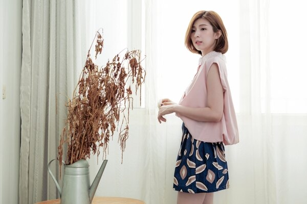 【韓國空運 】拉鍊鬆緊傘裙