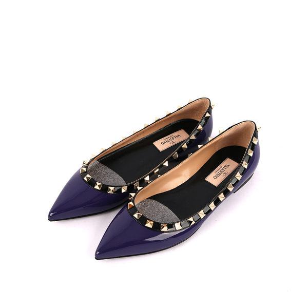 【Valentino】漆皮+鉚釘ROCKSTUDS平底鞋(紫色) JW2S0403VNX P37