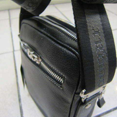 ~雪黛屋~Cougar 休閒真皮肩側包小型輕巧容量二層主袋100%進口專櫃牛皮休閒正式百搭款外出隨身品CG-8264 黑