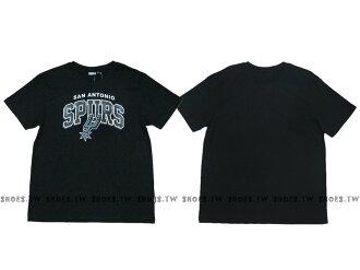 《換季折扣》Shoestw【8630238-020】NBA T恤 聖安東尼奧 馬刺隊 迷彩字 黑色
