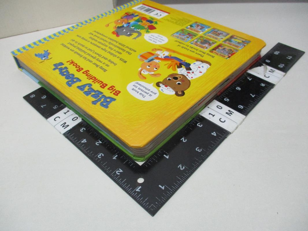 【書寶二手書T1/少年童書_EBU】Bizzy Bear's Big Building Book_Benji Davies