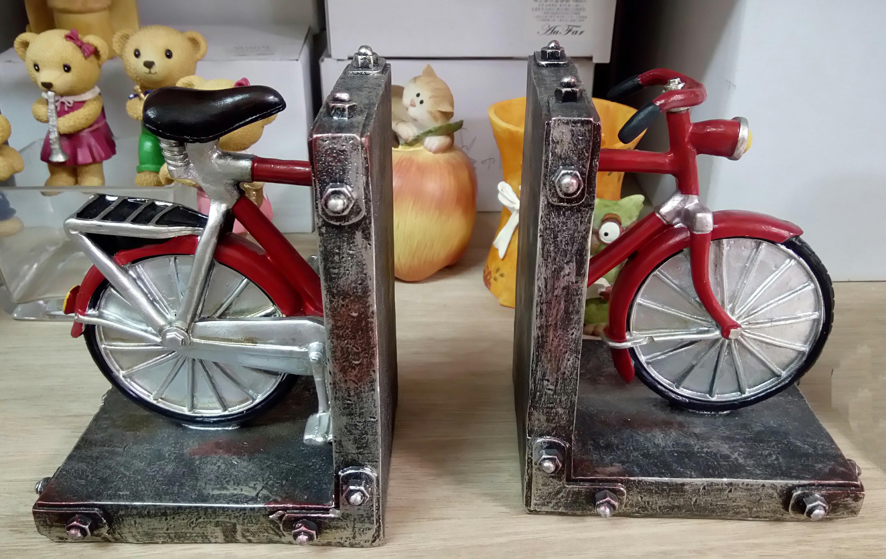 復古風 實心 紅色腳踏車書擋  療癒系 鄉村風 田園風  可當擺飾 書架 CD架 DVD架