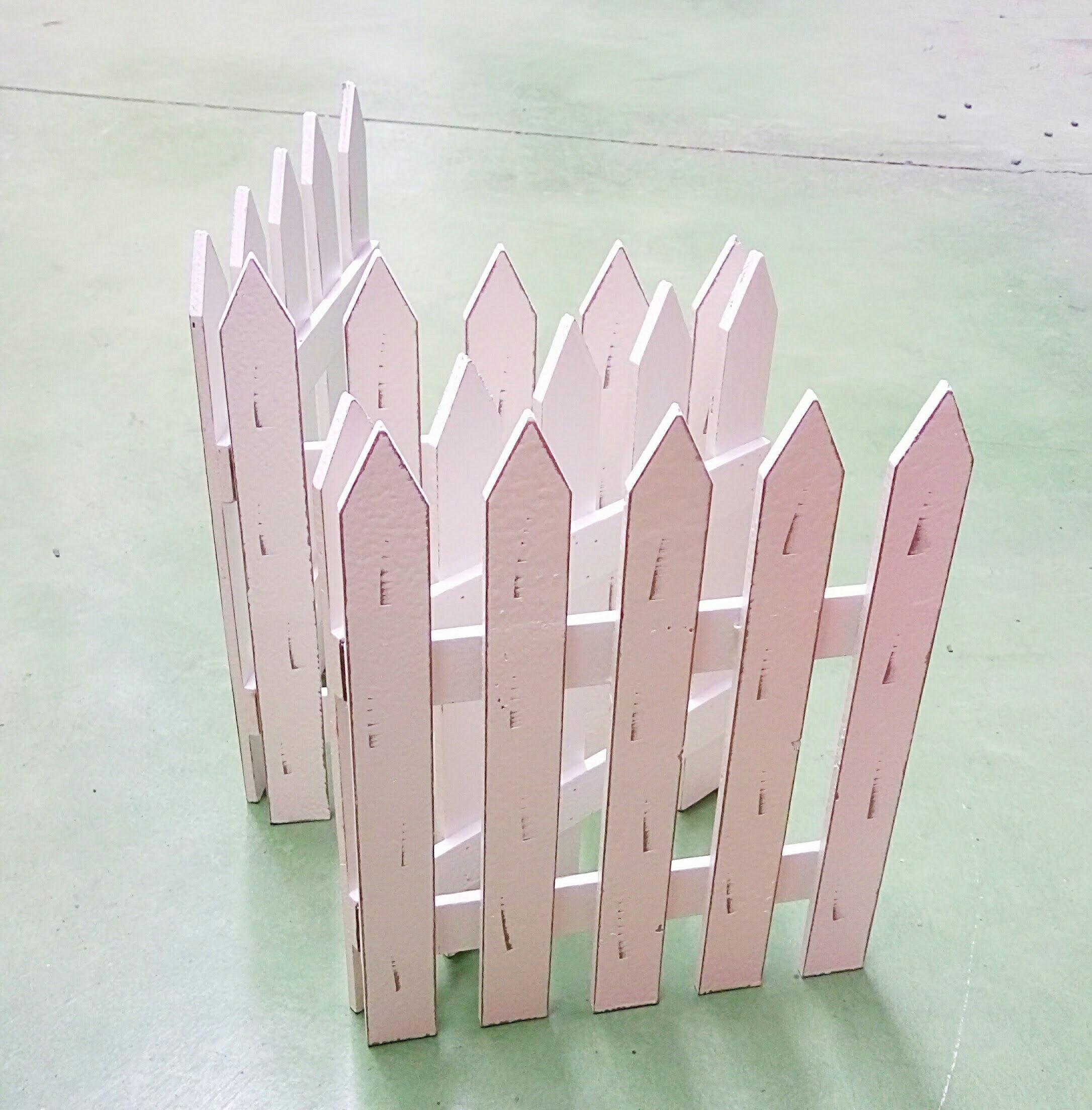 白色木製柵欄 可收合四片三折款 F-1 高款 特價85折喔~ 櫥窗設計 造景 開店用 寵物柵欄 兔子柵欄