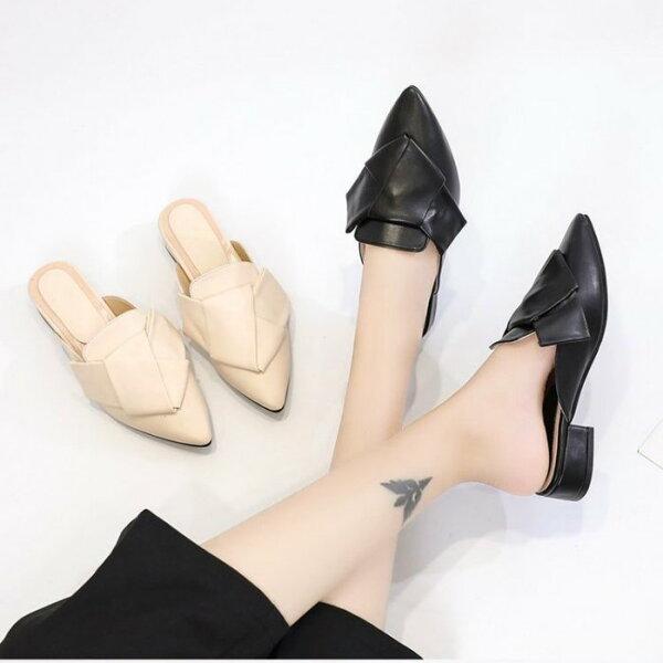 Pyf♥歐美范設計感摺紙扭結包頭懶人穆勒鞋尖頭平底低跟涼拖鞋43大尺碼女鞋