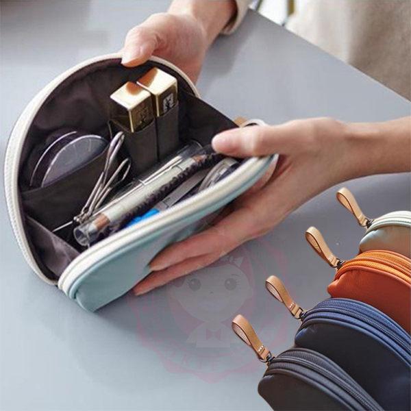韓國東大門輕巧半圓形多層次大容量魔術收納化妝包 收納包 旅行包【庫奇小舖】