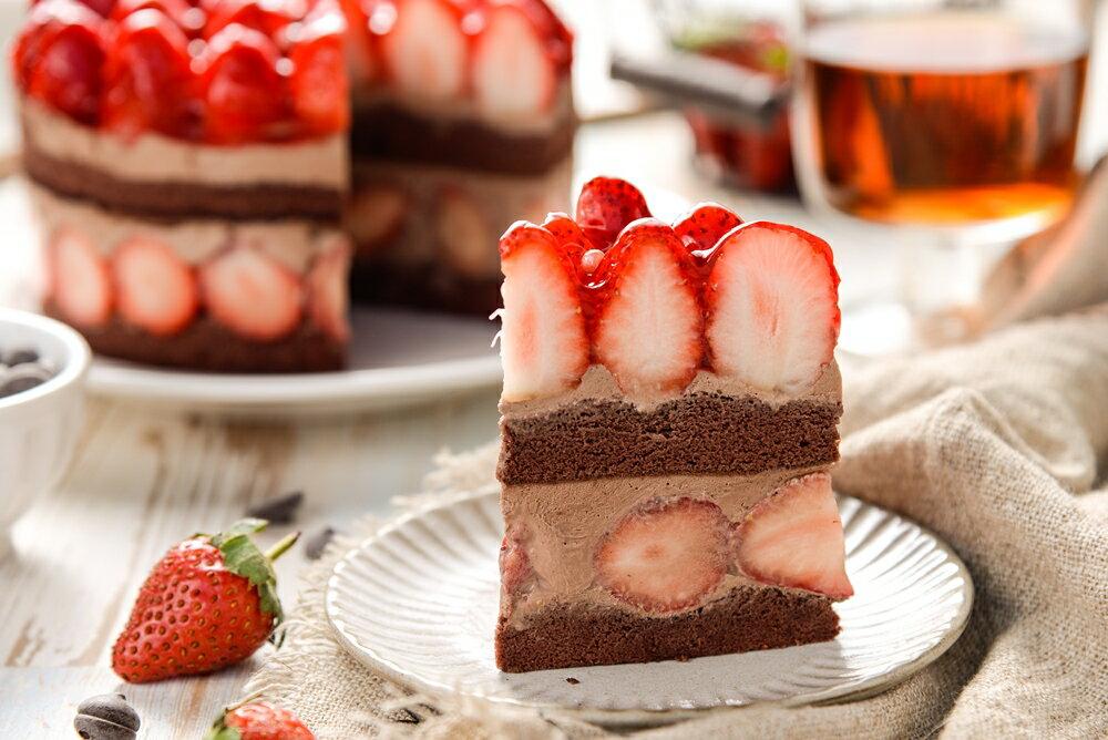 【詹姆士直播年菜】 6吋草莓修格拉~重達1100公克(內含50顆大湖草莓)滿滿維他命C★嚴選比利時65%巧克力★幸福的滋味【上發條直播推薦】 1