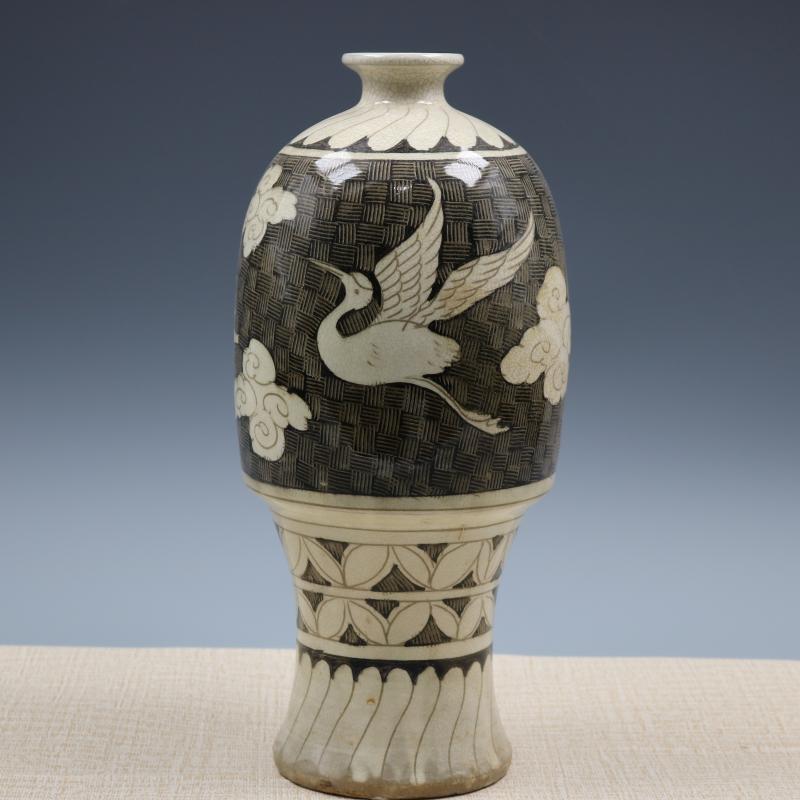 宋磁州窯墨彩雕刻鶴人物紋梅瓶仿古老貨瓷器家居裝飾擺件古董古玩1入