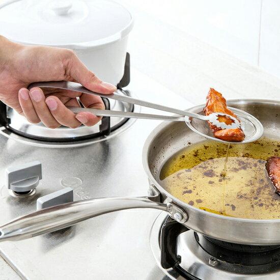 ♚MY COLOR♚二合一不鏽鋼濾油網篩 油渣 泡沫 果汁 豆漿 過濾 篩網 料理 烘焙 手作【H51-1】