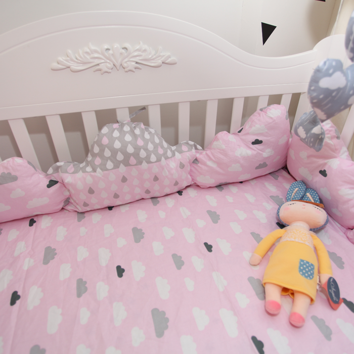 ~DouDouMiki~嬰兒床組~~粉色雲朵~~床包~床單~被套~枕套~床邊置物袋~ ~