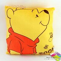 小熊維尼周邊商品推薦【UNIPRO】小熊維尼 Winnie the Pooh 30X30cm 半身 蜜蜂 四方枕 靠枕 抱枕 維尼 迪士尼正版