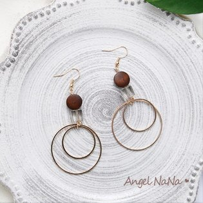 AngelNaNa:耳鈎《可改耳夾式》《可改S925銀針》簡約手作復古圓形簍空木珠耳環【RA0073】
