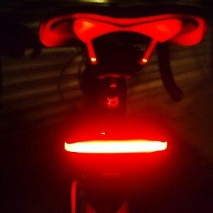 美麗大街【105011328】自行車後車燈 單車燈 可旋轉橫向立向LED燈 (USB充電頭燈)