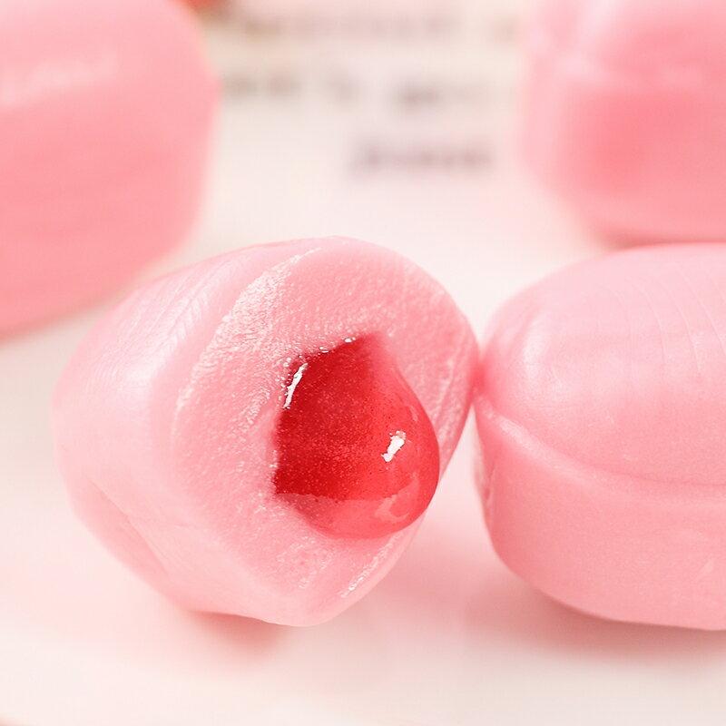 6折特賣【FUJIYA不二家】贅澤Milky生奶油草莓夾心牛奶糖-立袋 34g 贅沢生ミルキー とろ〜りあまおう苺 日本進口糖果 4