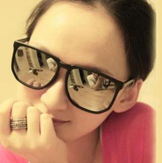50%OFF SHOP【J003740Gls】經典款時尚太陽眼鏡批發 潮流太陽眼鏡批發 附眼鏡盒 防紫外線 明星款 反光鏡面