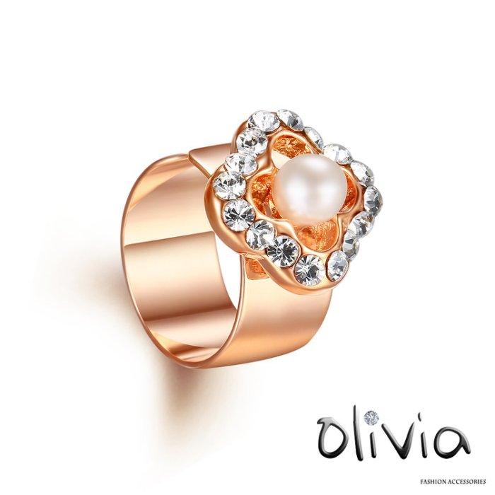 Olivia 耳骨夾 施華洛鑽珍珠小花耳骨夾~G28049~