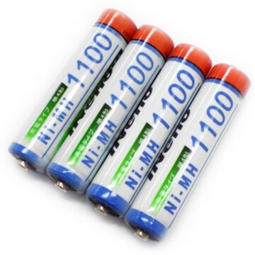 iNeno 艾耐諾4號 四號 充電電池 AAA-Rechargeable 1100mAh 四入裝