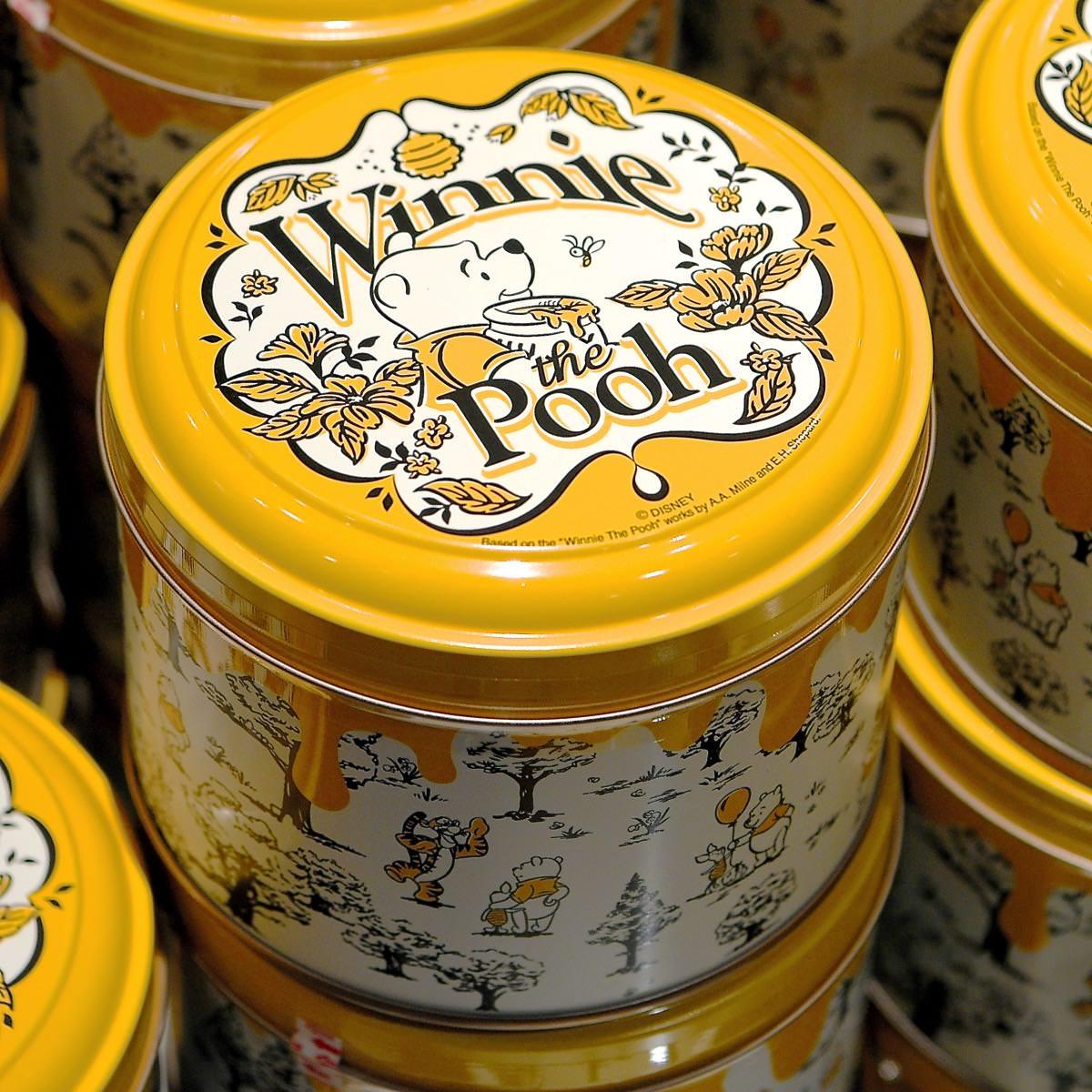X射線【C702028】日本東京迪士尼代購-小熊維尼Winnie the Pooh 綜合巧克力鐵盒,點心/零嘴/餅乾/糖果/韓國代購/日本糖果/零食/伴手禮/禮盒