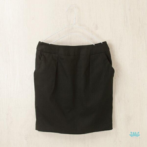 viNviLady純色修身口袋包臀短裙