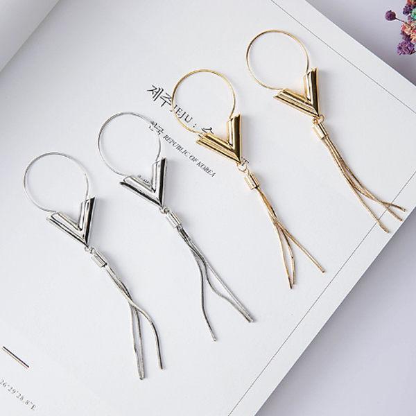PS Mall 韓版飾品韓版百搭氣質時尚經典V形流蘇簡約造型耳環 項鍊套裝 【G2321】