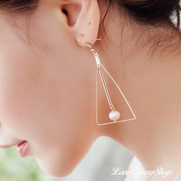 復古金三角珍珠耳環【櫻桃飾品】【10587】