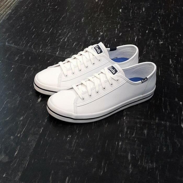Keds 白色 全白 皮革 小白鞋 Krystal 鄭秀晶 韓版 修長 復古 藍標 基本款 時尚 KickStart