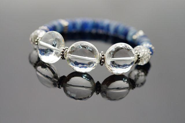 藍晶石&白水晶,當陷入過度疲勞、人際壓力時,讓身體恢復健康,代謝提高。N204