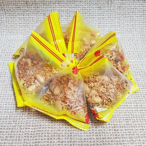 (台灣)香麻辣花生點心麵1袋600公克(約25小包)特價159元