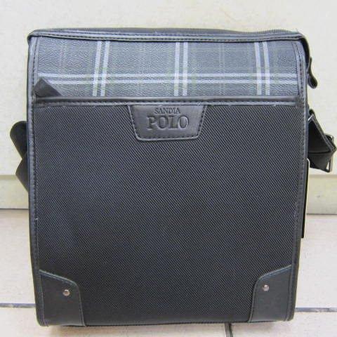 ~雪黛屋~sandia POLO 個性肩側包 隨身物品包 防水尼龍布+皮革無論休閒正式皆可SA1100-1081 格紋