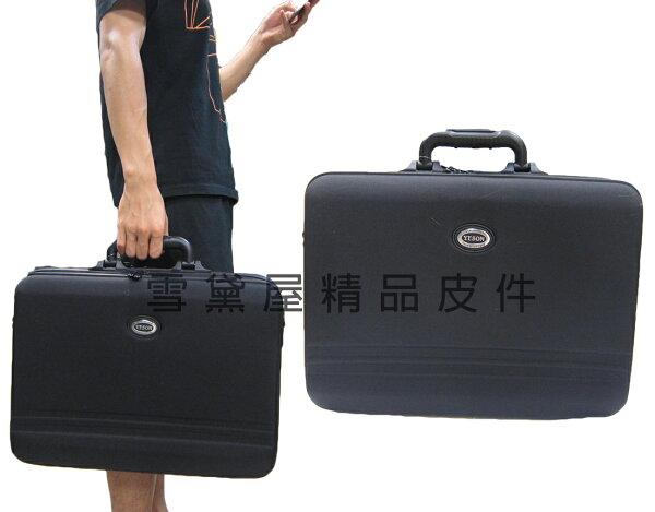 ~雪黛屋~YESON電腦包大容量可A4夾台灣製造精品公事包短程行李箱工具樣品箱硬式防水特多龍提肩斜背附長背帶Y5175