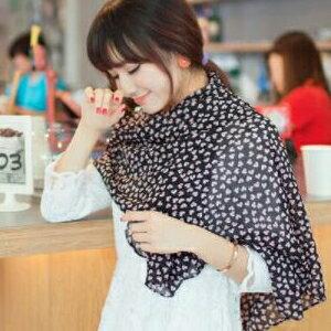 美麗大街【KTW20】新款桃心小愛心圍巾黑底粉心圖案披肩圍巾