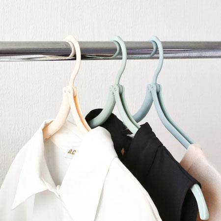 居家創意 可折疊魔術旅行衣架 攜帶式 摺疊 折疊 戶外 旅遊 旅用 防滑 衣架 晾衣架【N102325】