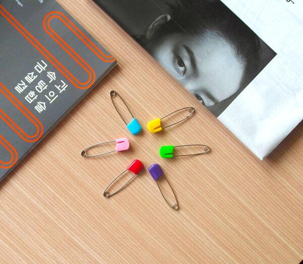 【aifelife】彩色安全別針(大)兒童嬰兒安全別針嬰兒別針寶寶安全別針胸針糖果色學生文具獎品桌上創意辦公文書用具贈品禮品