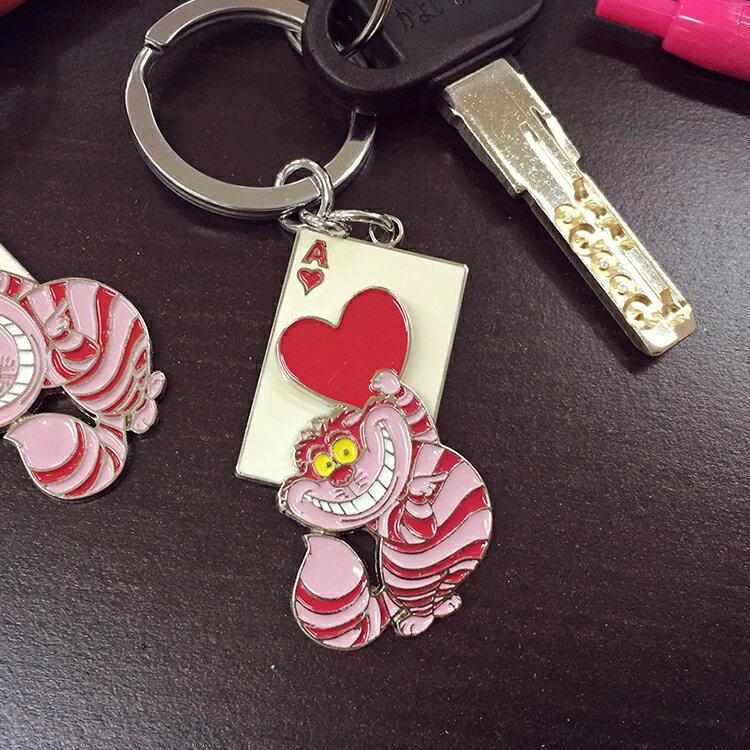 PGS7 日本迪士尼系列商品 - 妙妙貓 鐵片 鑰匙圈 吊飾 愛麗絲 夢遊仙境 紳士貓 Disney【SKS6019】
