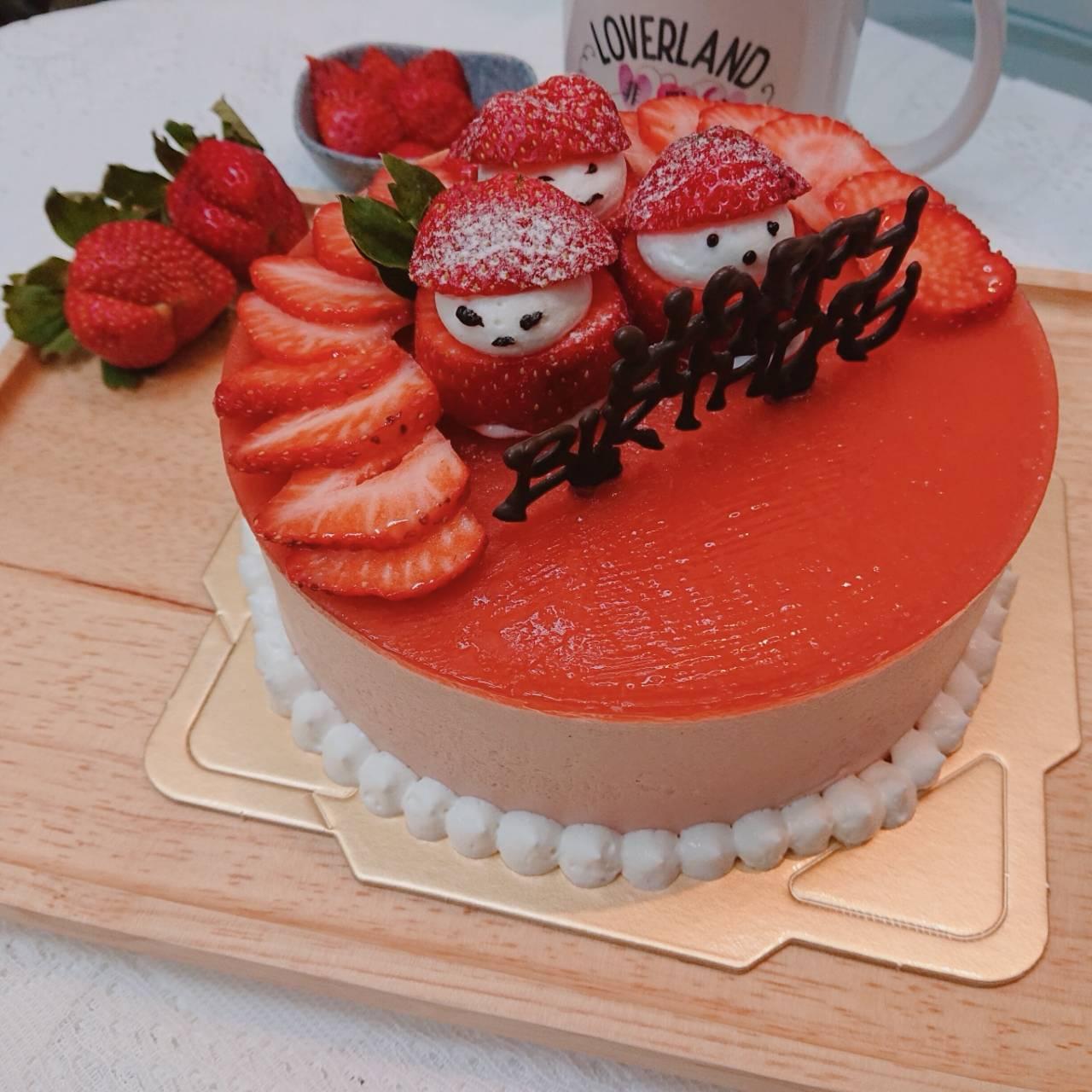 小紅人草莓慕思蛋糕 ( 6吋蛋糕)