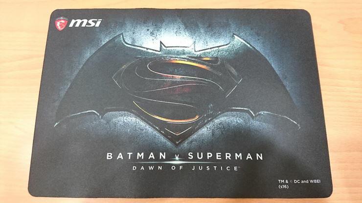 【全新品】微星 MSI BATMAN V SUPERMAN 蝙蝠俠大戰超人 電競滑鼠墊